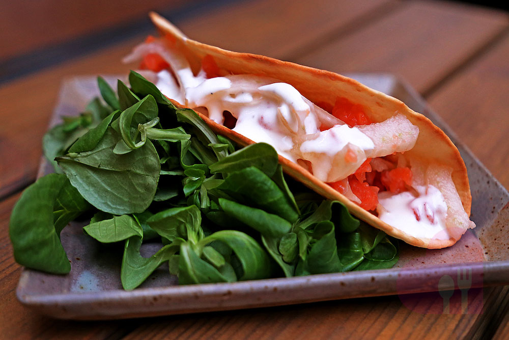 Tacos of Salmon, fennel crudité and lime sour cream